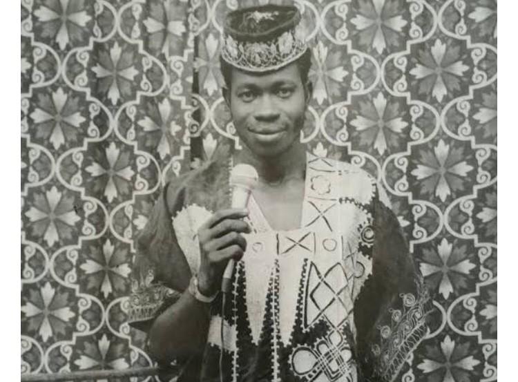 AYINLA OMOWURA: THE MAN WHO SAT ON 200 NEEDLES